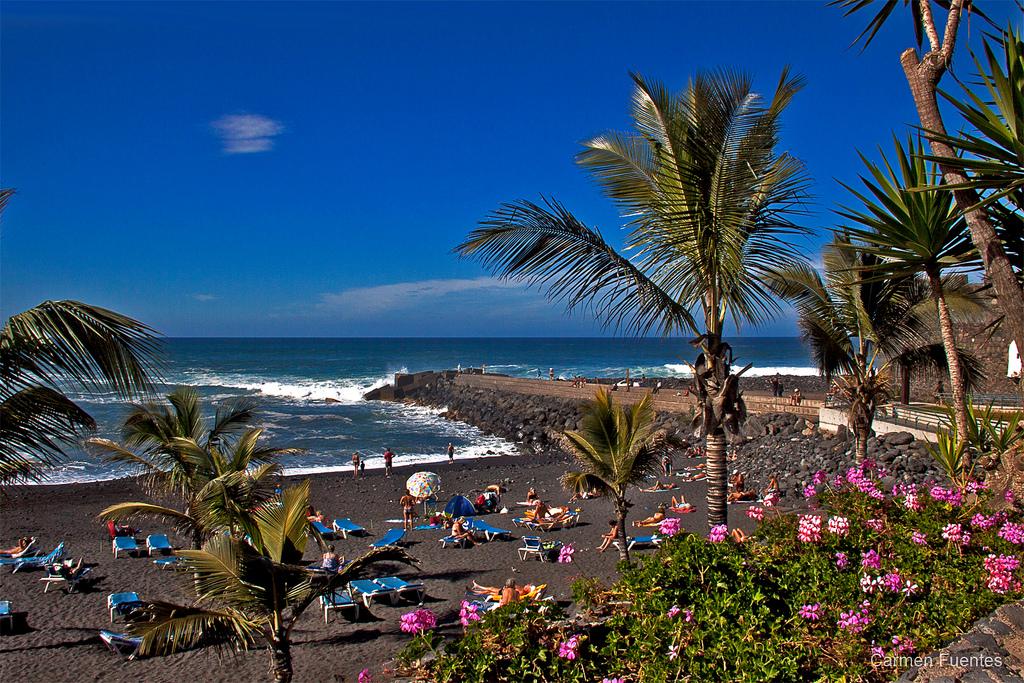 Plyazhi-Tenerife.-Plyazhi-dlya-detej-na-Tenerife