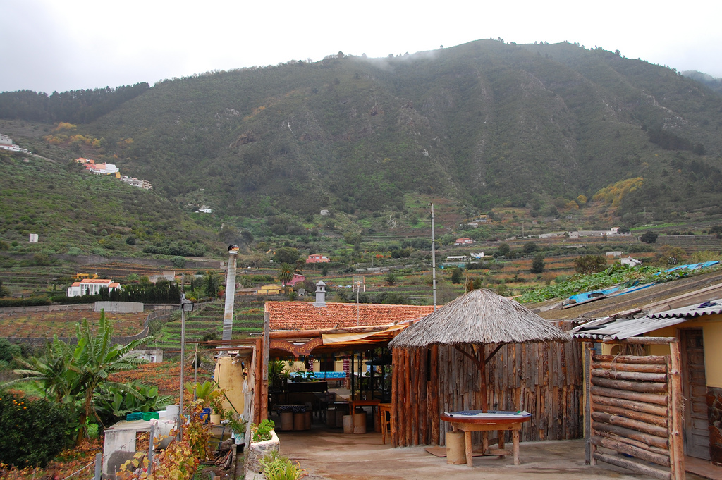 Traditsionnaya-kuhnya-Tenerife.-Guachinches