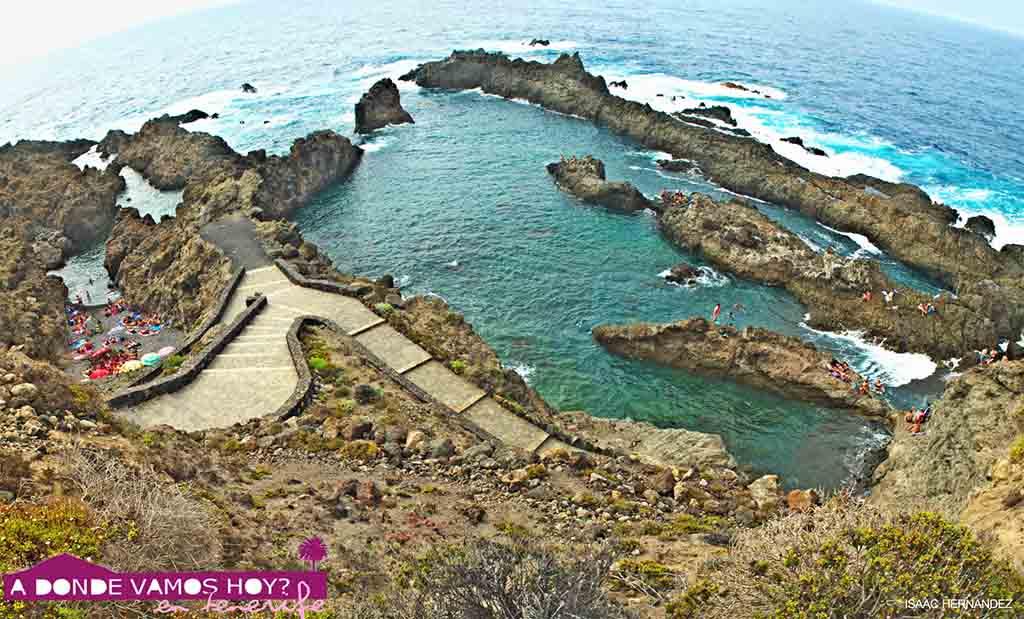 Plyazhi-Tenerife.-Prirodny-e-bassejny-i-zavodi