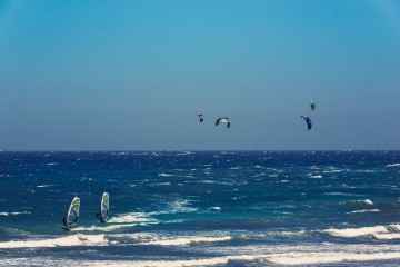 sport-kajt-serfing-medano-Tenerife-Kanarskie-ostrova