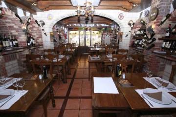 Restoran-taverna-La-Fresquera