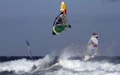 Sport-na-Tenerife.-CHempionat-mira-po-vindsyorfingu